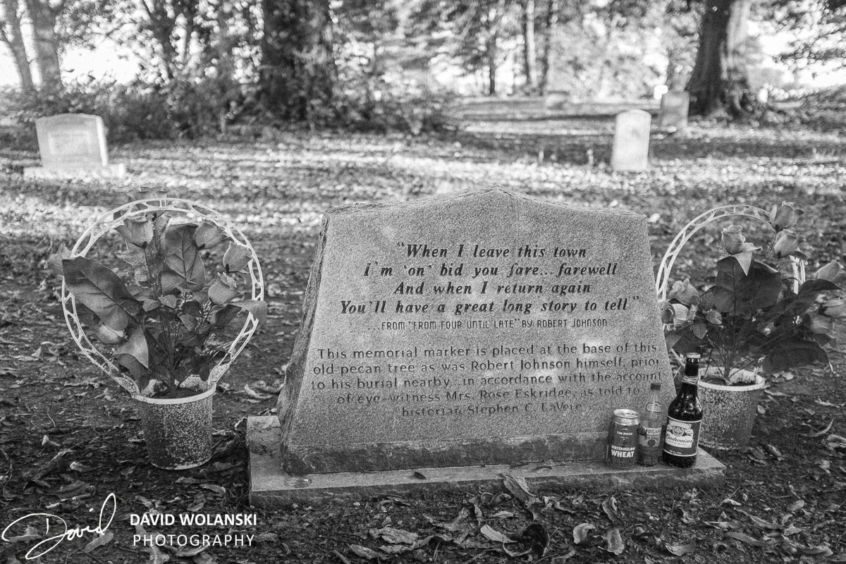 Robert Johnson's headstone with mementoes