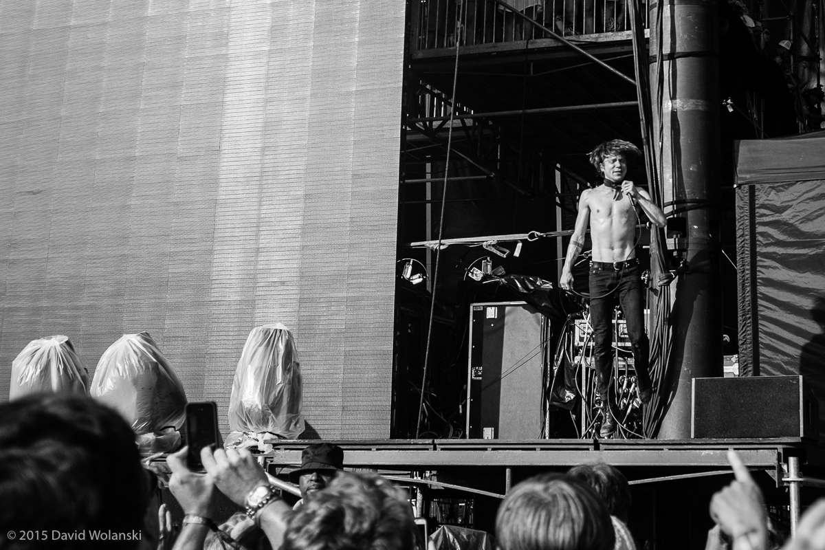 Matt Shultz of Cage the Elephant at Firefly 2015